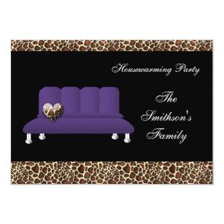 sofa violet chic, invitation de partie