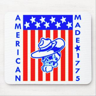 Soldat 1775 fait américain de drapeau de crâne tapis de souris