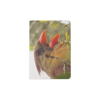 Song Passport Holder de Madame Cardinal's Protège-passeport