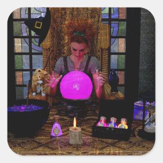 Sorcière avec les autocollants magiques de boule
