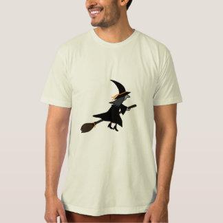 Sorcière sur le balai t-shirt