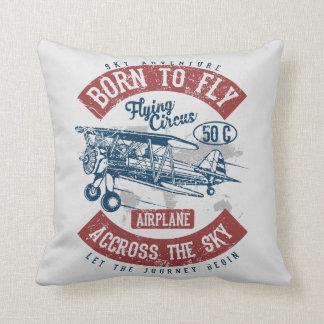 Soutenu pour piloter l'aventure de ciel à travers coussin