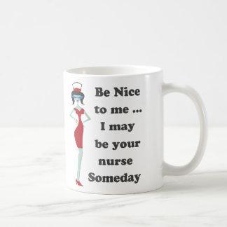 Soyez-gentil moi tasse à café