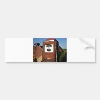 Station service de route de campagne autocollant de voiture
