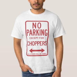 Stationnement interdit excepté le signe de t-shirt