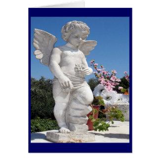 Statue d'ange dans le bleu carte de vœux