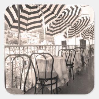 Sticker Carré Balcon étrange de restaurant, Italie