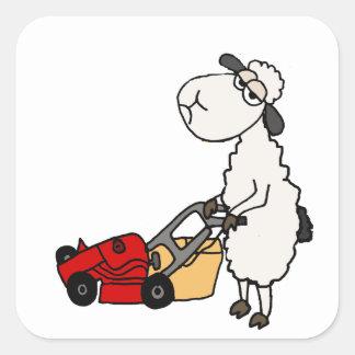 Sticker Carré Bande dessinée de fauchage d'herbe de moutons