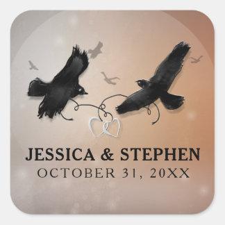Sticker Carré Halloween Ravens avec des coeurs épousant le carré