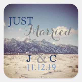 Sticker Carré Juste mariage marié d'hiver de Teton