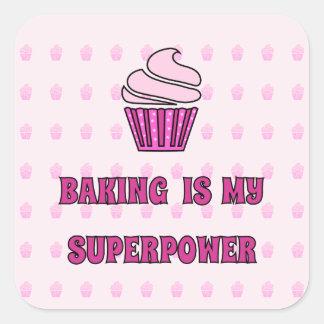 Sticker Carré La superpuissance rose de cuisson de petit gâteau