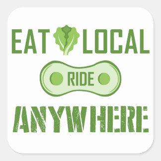Sticker Carré Mangez les gens du pays, tour n'importe où