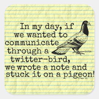 Sticker Carré Pigeon drôle d'oiseau de gazouillement de