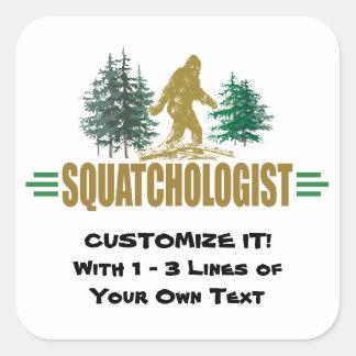 Sticker Carré Sasquatching drôle, chasseur de Sasquatch