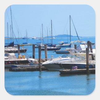 Sticker Carré Vues de lac sailBoats de voile de bateaux de port