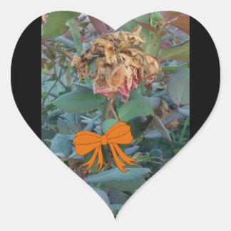 Sticker Cœur Photo morte 3 de fleur de Halloween