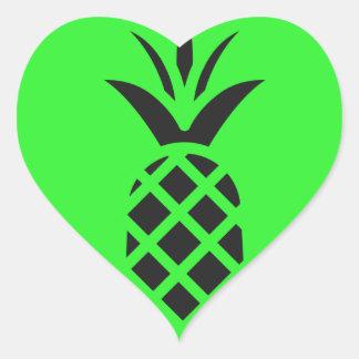 Sticker Cœur Pomme de pin noir en vert
