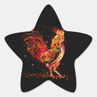 Sticker Étoile Coq du feu. Conception animale flamboyante de cool