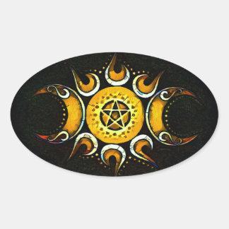 Sticker Ovale Déesse triple couronnée - obscurité