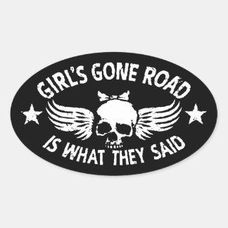Sticker Ovale La route allée de la fille
