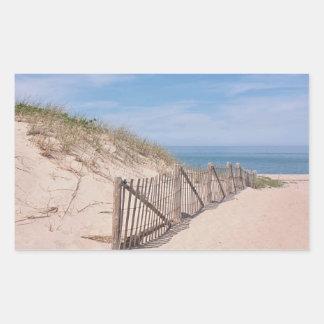 Sticker Rectangulaire Barrière patinée et dunes de plage