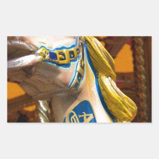 Sticker Rectangulaire Cheval de carrousel sur le joyeux goround