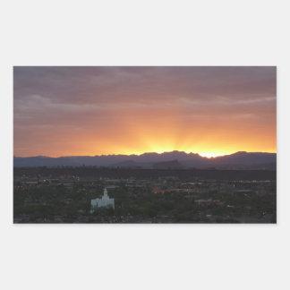 Sticker Rectangulaire Lever de soleil au-dessus de paysage de St George