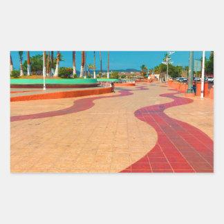Sticker Rectangulaire Marche sur les rues de Baja
