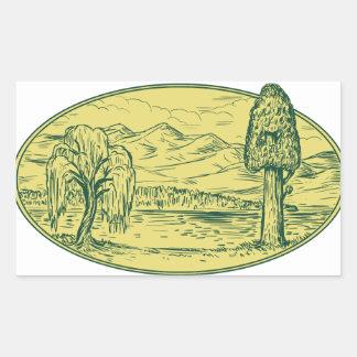 Sticker Rectangulaire Ovale Drawin de montagnes de lac tree de saule et
