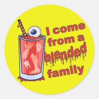 Sticker Rond Calembour mélangé drôle de famille