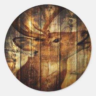 Sticker Rond Cerf de Virginie primitif en bois de grange