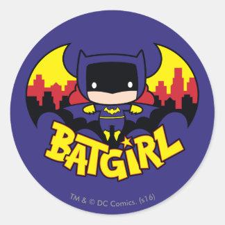 Sticker Rond Chibi Batgirl avec l'horizon et le logo de Gotham