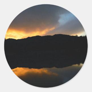 Sticker Rond ciel dans le miroir