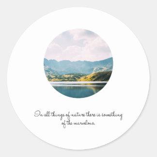 Sticker Rond Citation inspirée de photo de cercle de montagne