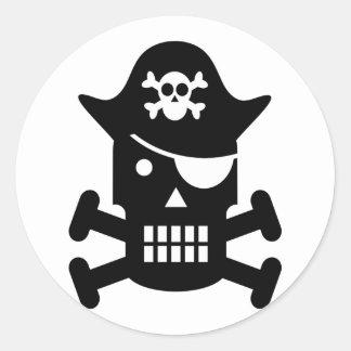 Sticker Rond Crâne de robot et pirate d'os croisés