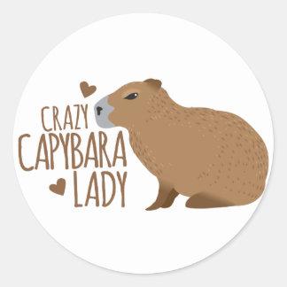 Sticker Rond dame folle de capybara