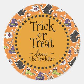 Sticker Rond Des bonbons ou un sort. Monstres de Halloween