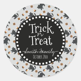 Sticker Rond Des bonbons ou un sort. Sucreries de Halloween et