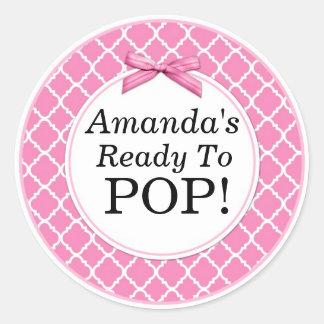Sticker Rond Elle est prête à sauter, baby shower rose de