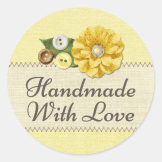 Sticker Rond Fait main avec la couture jaune de ferme de pays