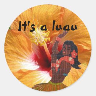 Sticker Rond Fille et ketmie de danse polynésienne de Luau