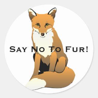 Sticker Rond Fox mignon de bande dessinée se reposant sur la