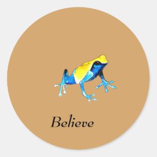 Sticker Rond Grenouille bleue et jaune par espièglerie adorable