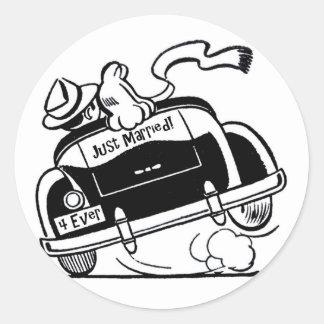 Sticker Rond Juste ménages mariés dans la voiture
