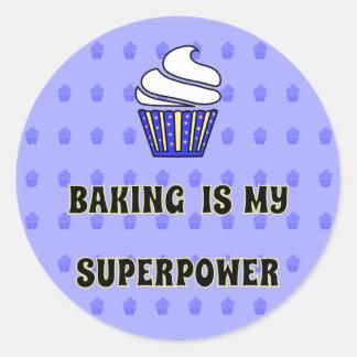 Sticker Rond La superpuissance bleue de cuisson de petit gâteau