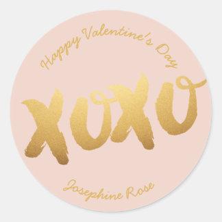 Sticker Rond L'amour d'or de XOXO étreint la couleur de coutume