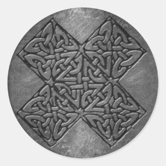 Sticker Rond L'autocollant celtique du symbole 4, 3 s'avancent