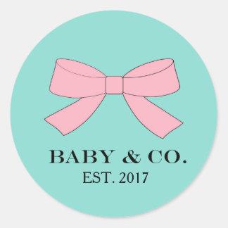 Sticker Rond Le bébé bleu de BÉBÉ et de Co et rose turquoise