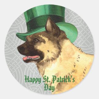 Sticker Rond Le jour Akita de St Patrick