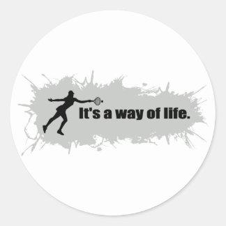 Sticker Rond Le tennis est un mode de vie (femelle)